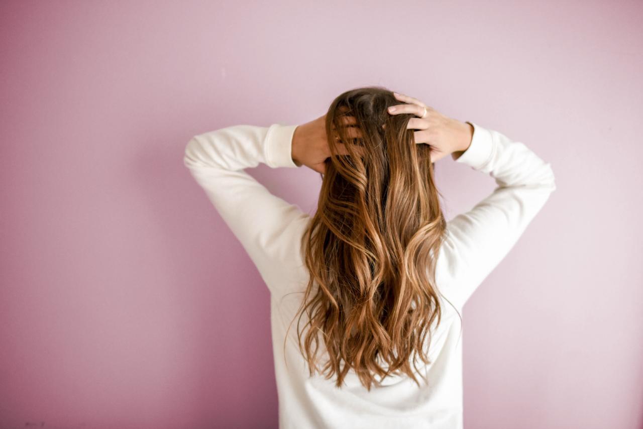Przeszczep włosów FUE – najlepsza metoda?